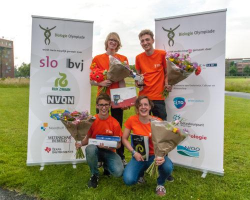 De winnaars van de Olympiade 2016. Met de klok mee: Gosse Sjoerd Bootsma, Ilija Milutin, Marieke Smit en Niels Appelman